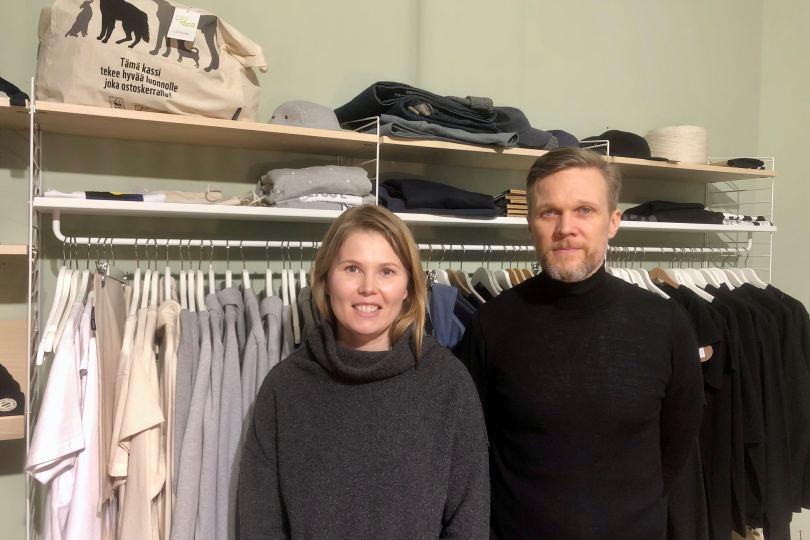 Pure Wasten Hannes Bengs ja Noora Alhainen haluavat eroon kertakäyttömuodista.